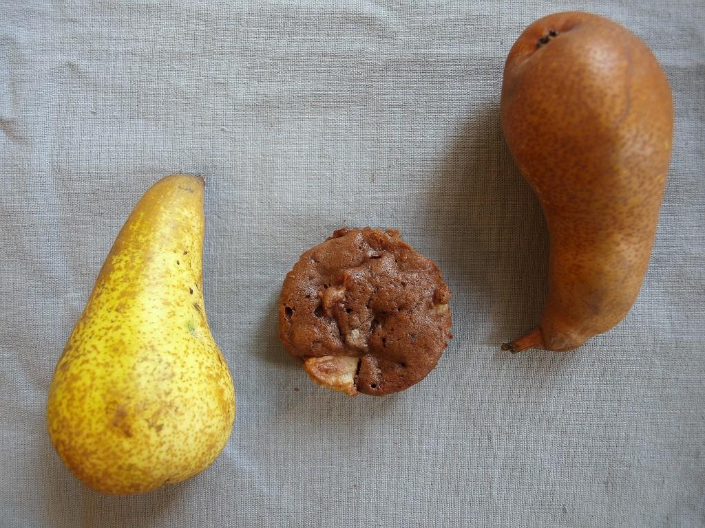 Brownie und Birne